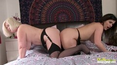 Sexy Busty Mature Lesbian Lacey Starr Thumb