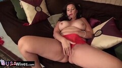 Lesbea Firm European babes eating out pussy Thumb