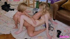 Fit Steaming lesbians tribbing session after art Thumb