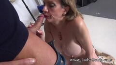 Babe Lelu Love masturbating Thumb