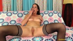 MILF pornstar takes a mouthful of cum Thumb