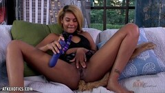 Ebony Babe shows off her new butt plug toy Thumb