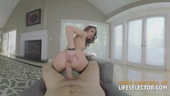 Amateur vibes her warm pussy Thumb