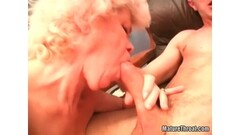 German Amateur Anni Azubine Threesome MMF Fan Fuck Date Thumb