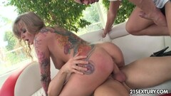 Big Titted Step Mom Catches Young Guy Jerking Thumb
