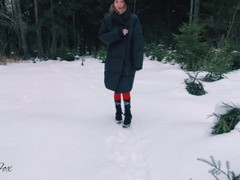 Blowjob outdoors in winter, pussy cute teen fucked in the forest - Red Fox Thumb