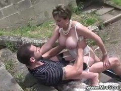 Cuckolds wife bangs outdoors Thumb