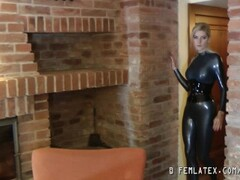 Crazy blonde babe in latex Thumb