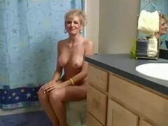 Milf banging in a bathroom Thumb