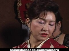 Japanese MILF in kimono gets tied up Thumb