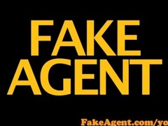 FakeAgent Sexy tanned babe gets Creampie in Casting! Thumb