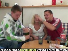Hot 3some party with drunk blonde grandma Thumb