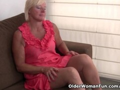 Belgium grandma loves masturbating in pantyhose Thumb