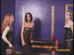 Three naughty sluts have their way with a ravishing raven-haired sex bomb Thumb