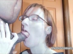 Seductive housewife layla redd is blowing a dude she just met Thumb
