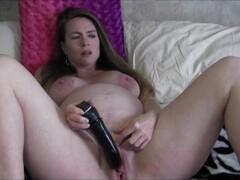 British gilf Alisha Rydes pleases her plump fanny Thumb